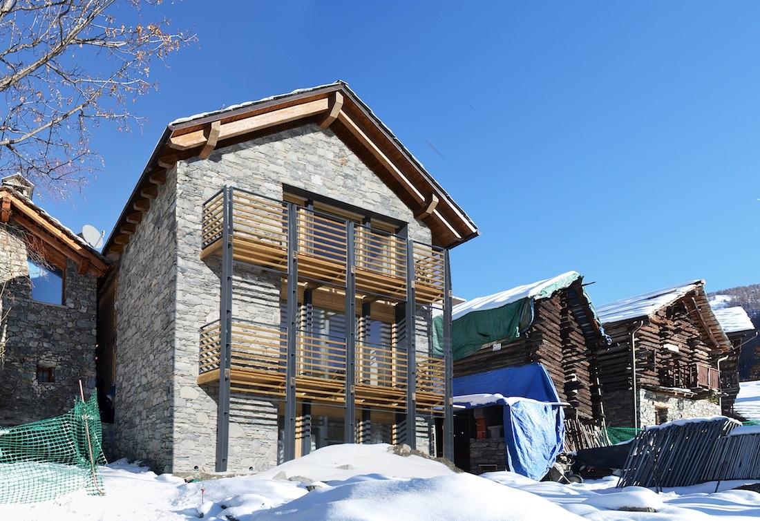 Ufficio Casa Aosta : Casa di paglia a chamois valle d aosta